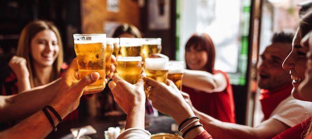 birrai insieme per un'iniziativa rivolta ai consumatori